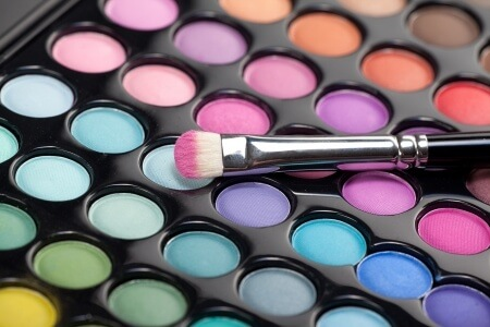 How to Make Eye Shadow Last All Day