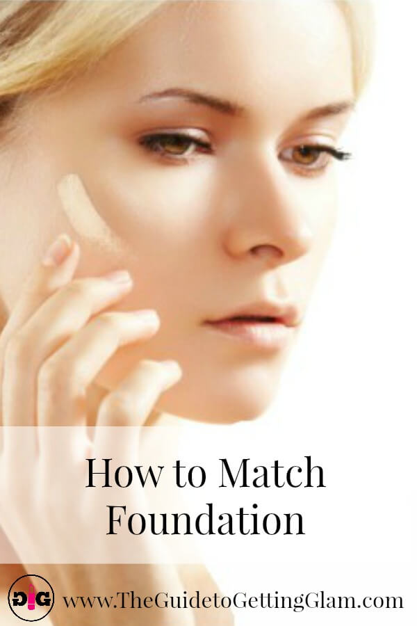Want to know how to match foundation on the go? Here are great makeup artist tips to help you match foundation when you're in a hurry.